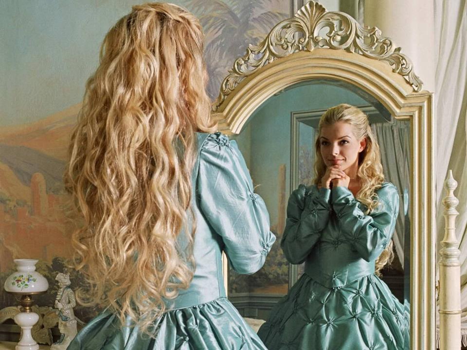Femmes que vous etes jolies page 14 for Si belle en ce miroir